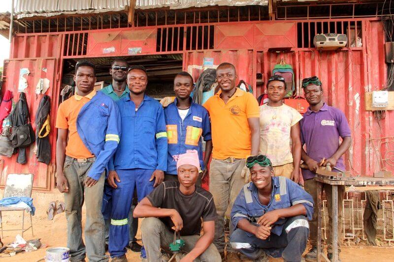 LeadingRein unterstützt junge Auszubildende in Afrika